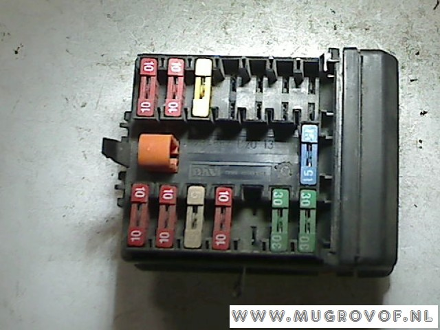 fuse box citroën saxo hatchback 1 1i x,sx (tu1m (hdz )) (6018) (1996 citroen saxo 2001 fuse box citroën saxo hatchback 1 1i x,sx (tu1m (hdz )) (6018) (1996 11) used car, motorcycle and truck parts totalparts
