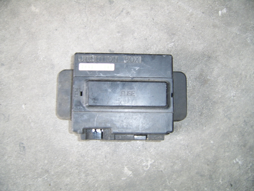 Fuse Box Kawasaki Zzr 600 1990 1992 260211081 04 Used Car Aprilia 26021 1081