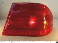 Mercedes E (W210) Sedan 2.0 E-200 16V (M111.942) REAR LIGHT RIGHT 1997