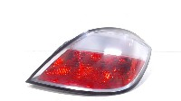 Opel Astra H (L48) Hatchback 5-drs 1.6 16V Twinport (Z16XEP) REAR LIGHT BODY RIGHT 2005 159732 159732